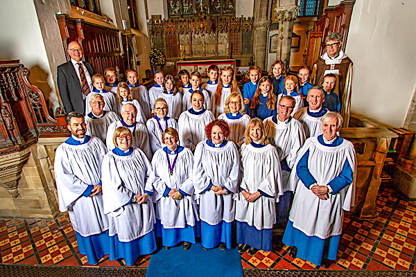 2019 official photo of the choir